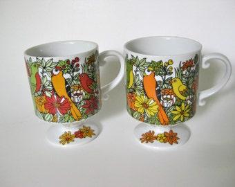 Tropical Pedestal Mugs / Birds / Smug Mugs
