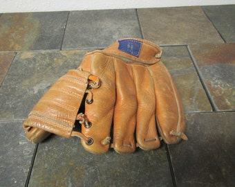 Old Leather Childs Baseball Glove, youth glove, childrens glove,  Worn so no markings show