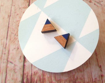 Cherry wood triangle earrings - dipdye navy blue