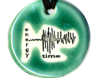 Richter Scale Ceramic Necklace in Aqua Crackle