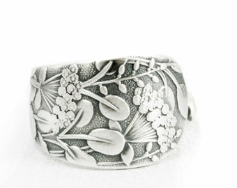 "Petite Queen Anne's Lace Flower, Sterling Silver Spoon Ring, Whiting Pattern of 1885 ""Hagie"", Handmade Gift for Her, Ring Size 3.25 (6412)"