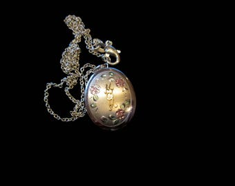 Vintage Sterling Silver and Vermeil 4 Picture Mom Locket Necklace