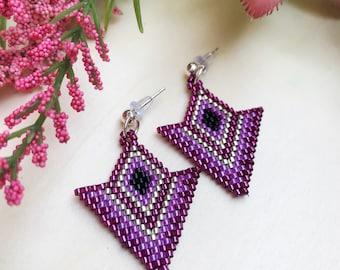 Purple earrings, beaded earrings, Purple small earrings,Geometric earrings,triangle earring,Diamond,gift for her,nickel free, spring jewelry