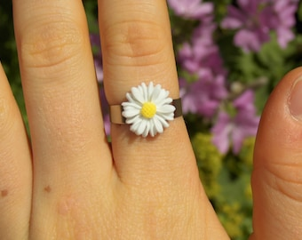 Daisy Ring ~ 10+ colours to choose from