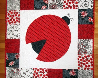 Lady Bug Baby Quilt