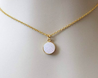 White Crystal Druzy Choker Dainty Gemstone Necklace Crystal Layering Necklace Dainty White Druzy Choker Crystal Quartz Gold Drop Choker