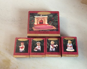 Set of 5, Hallmark Keepsake, 1993, The Bearingers of Victoria Circle, Fireplace Stand, 4 Bear Ornaments, Christmas/Holiday, Collectible