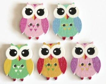 10 Owl Shaped Buttons - Wooden Buttons - Novelty Buttons - Bird Buttons - Painted Wood Buttons - 21mm x 17mm - Wooden Owl Button - PW389