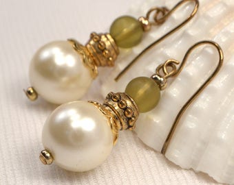 Ivory Pearl Earrings, Victorian Inspired Earring Dangles, Lightweight Pearl Earrings, Ivory & Light Green Dangles, Everyday Versatile  (E59)