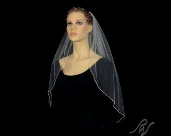Bridal Wedding Veil with Quarter Inch Pearl Edge, Made With SWAROVSKI ELEMENTS