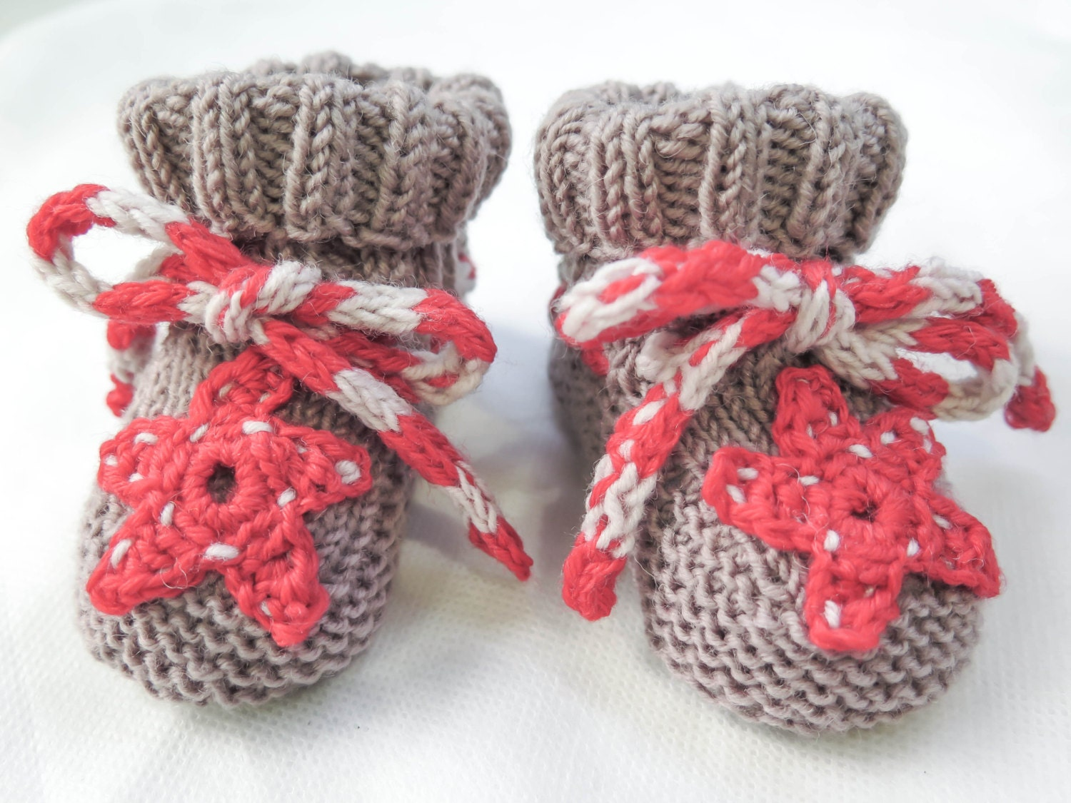 KNITTING PATTERN , Easy Baby Booties, Six In One, Classic Baby ...