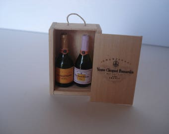 Miniature champagne bottles, Miniature champagne crate, dollshouse wine, miniature wine, champagne one inch 1:12 scale