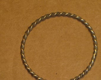 Silver Plated Bangle Bracelet    [cin132bt]