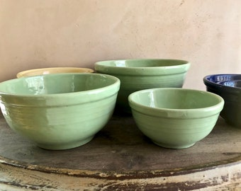 3 Pc Garden City Pottery Mixing Bowl Set in Green, Pottery Nesting Bowls