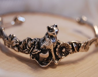 Repousse Floral Kitty Cat Cuff Bracelet in Vintage Sterling #BKB-KBRCT