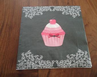 4 NAPKINS in paper - cake - CUPCAKE theme