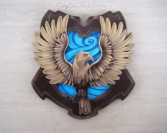 Pottermore Ravenclaw crest - Wood wall decor, home decor, harry potter decoration, harry potter gift