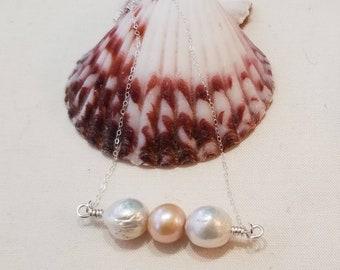 Edison pearl bar necklace