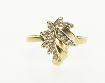 10k Diamond Inset Wavy Curved Petal Cluster Ring Gold