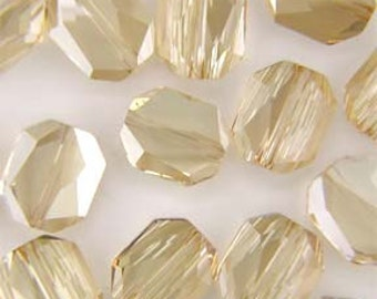 Swarovski 5520 faceted graphich bead in golden shadow - 18x16mm - Swarovski bead - gold crystal - rare