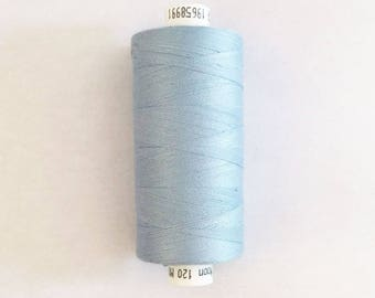 Moon 915 meters polyester sewing thread: Blue - 2574