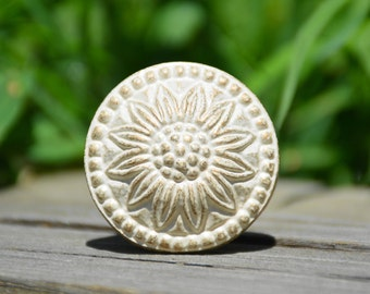 Gold knob/sunflower knob/cast iron/cabinet/antique/vintage/metal/round/decorative/furniture hardware/beautiful/pretty/unique/drawer pull