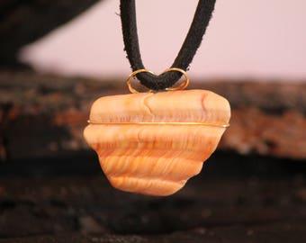 Beach Shell Pendant-Minimalist-Zen-Surfer-Primitive-Beach Girl-Beach Style-Beach Crafts-Craft Supply-Item #273