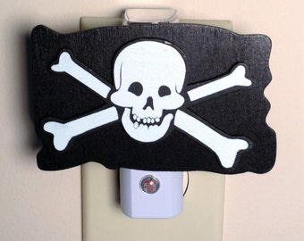 Boys Pirate Night Light Pirate Skull & Crossbones Jolly Roger Pirate Decor Boys Room