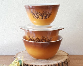 Pyrex Mixing Bowls and Pyrex Casserole Old Orchard