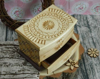 Small Chest of Drawers Rustic Home Decor Treasure Storage Trinket Lid 5th Anniversary Wedding Gift Decorative Ornaments Basswood Wooden Box