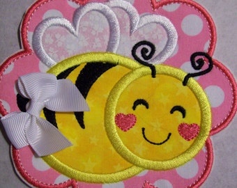 Iron On Applique - Bee Scallop