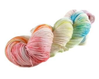 Sport Yarn, Merino yarn, sport weight yarn, superwash wool yarn, 100% Superwash Merino, rainbow yarn, speckled - Birthday Cake