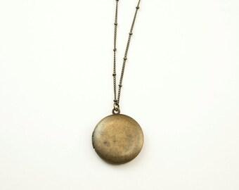 ANTIQUE BRONZE LOCKET Necklace // Simple Long Locket Necklace // Antiqued Long Necklace // Plain Antiqued Locket
