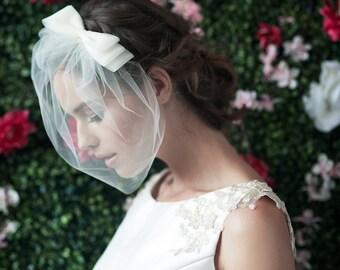 birdcage veil, bridal birdcage veil, bird cage veil with bow, veil bow, tulle birdcage veil, bridal veil ~ COSETTE w/ MARIE Medium BIRDCAGE