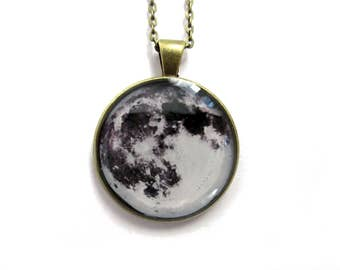 Full MOON NECKLACE, Moon Pendant, Space Galaxy, Grey Moon Jewelry, Space pendan,t Solar System Jewellery, Moon necklace, Moon Pendant
