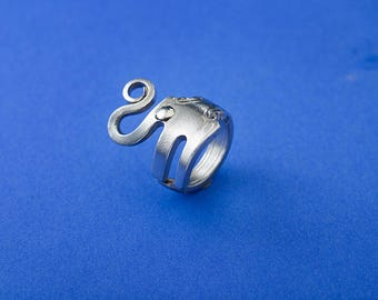 Happy Elephant Ring