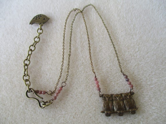 Rhodonite and Owl Pendant Necklace N920175