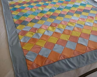 Vintage Handmade Quilt, Colorful Bed Quilt, Twin Size Quilt, Quilt Bed Topper, Polyester Quilt