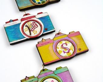 2 Retro Camera Pendant Embroidery Blanks - wood Frame cross stitch Craft Supply Jewelry