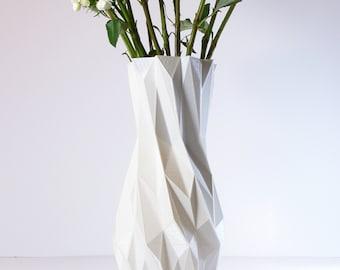 3D Printed Vase White Vases Living Room Decor Modern Tall Vase Modern White Geometric Vase White Faceted Vase