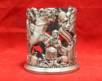 1995 Pewter Wreath Votive Candle Holder - by Home For The Holidays - May Department Stores Company - Made in Taiwan R.O.C. - Original Box