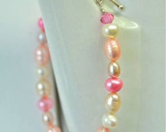Pink Pearl Bracelet with Freshwater Pearls in Light and Dark Pink Shades from North Atlantic Art Studio perfect for Spring