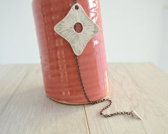 Silver Delicate Statement Geometric Square Necklace, Y Necklace, Contemporary Tie Necklace, Boho Necklace, Bohemian jewelry, V Necklace