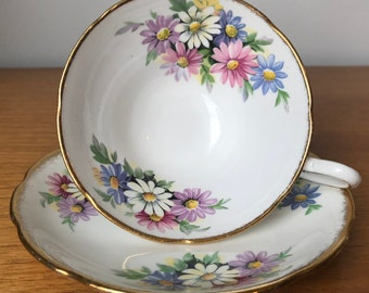Taylor & Kent Vintage Teacup and Saucer, Multi-Coloured Daisy Tea Cup and Saucer, English Bone China