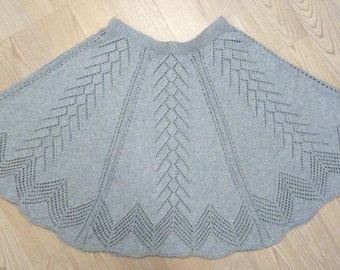 pdf pattern for the Flirty Skirt by Elizabeth Lovick in DK cotton - instant download