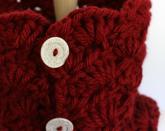 Red cowl with buttons, cranberry red scarf, red crochet cowl, crochet neckwarmer, crochet small cowl, red button scarf, hand made cowl