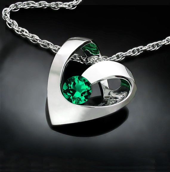 emerald necklace, heart necklace, emerald pendant, Valentine's jewelry, May birthstone, green necklace, Argentium silver, for her - 3401
