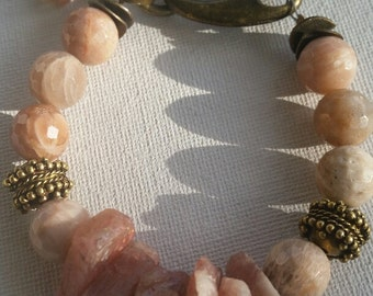 Hibiscus moonstone gold sunstone chunky beaded bracelet