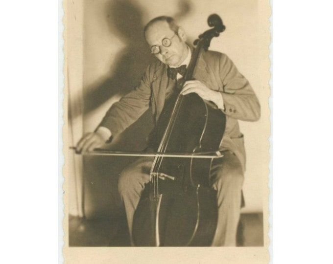 Vintage Snapshot Photo: Cellist, 1934 [86691]
