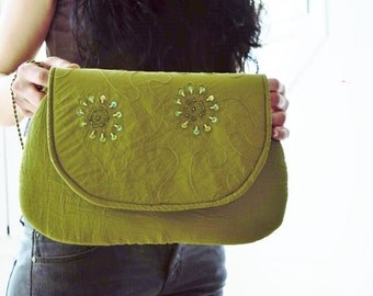 Fabric clutch,green clutch,embroidered clutch,cocktail clutch,fabric bag,fabric handbag,green handbag,party bag,party clutch,green handbag